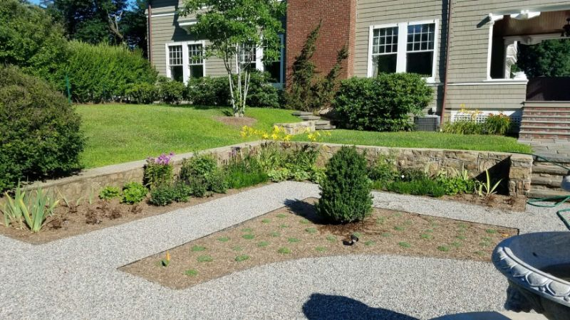 Naarden Inc. Landscaping Company, Landscaper and Landscaping Services